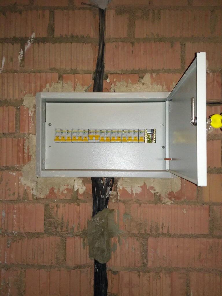 Установка и подключение автоматов - фото 3